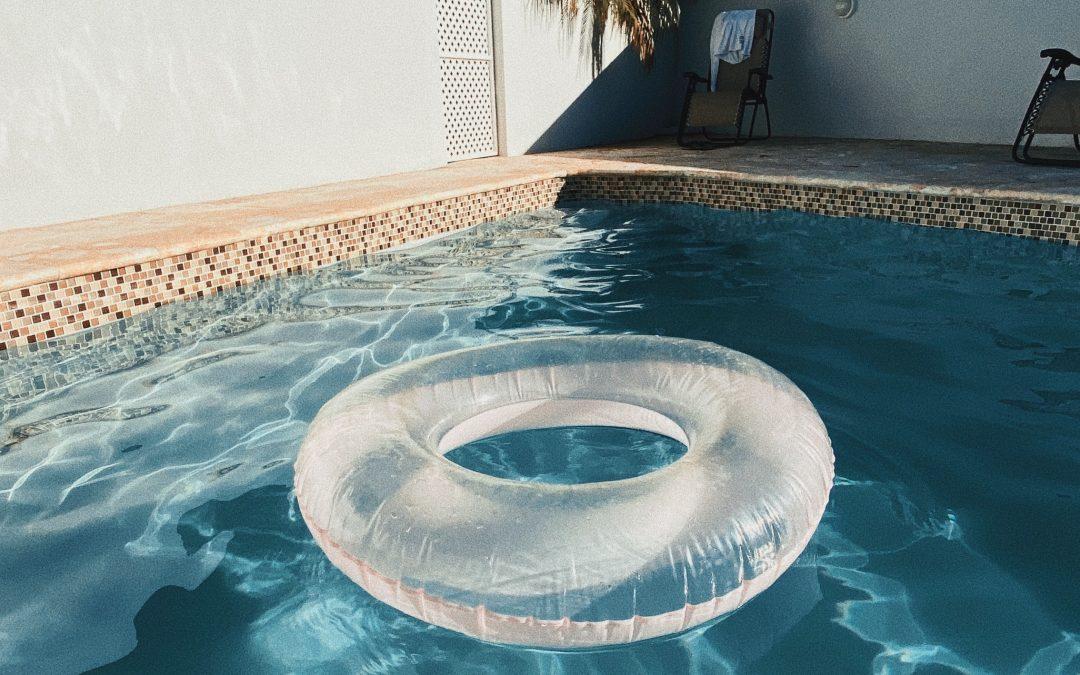 Empresa de piscinas en Sevilla para el revestimiento